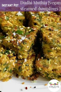 Dudhi Muthia – A Gujarati delicacy made with grated bottle gourd, fresh fenugreek leaves spiced with green chilies, ginger and turmeric makes a healthy snack or breakfast. Every bite of these irresistible savory dumplings have a perfect balance of Vegan Brunch Recipes, Appetizer Recipes, Breakfast Recipes, Vegetarian Recipes, Cooking Recipes, Breakfast Healthy, Healthy Recipes, Snack Recipes, Indian Appetizers