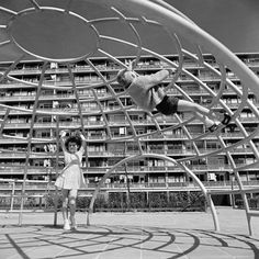 1960 De Speeltoestellen van Aldo van Eyck /  The Playground structures by Aldo van Eyck   The Dutch architect Aldo van Eyck (1918 - 1999) designed over 700 playgrounds for Amsterdam between 1947 and 1978. Van Eyck was one of the most influential protagonists of the architectural movement Structuralism. His play structures respond to children's natural desire to climb, jump, swing and tumble about. These structures were placed in several public playgrounds in Amsterdam.