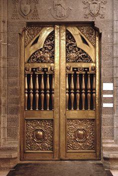Golden doors in Belgium