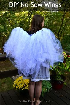 DIY No-Sew Wings can be made any color, embelished with glitter from Creative Connections for Kids