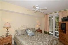 Pilot House 412 - 4th floor - 1BR 1BA Master Bedroom #baytowne #wharf  #village #sandestin #rental #Destin  #myvacationhaven
