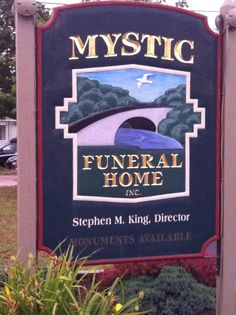 You really can't make this shit up! Stephen King, funeral director? Seriously?