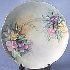 Vintage Hand Painted Sweet Pea Plate (Hand Painted & Decorative Plates Floral) at Silversnow Antiques and More