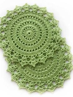 Crochet table placemats in apple green color for your coffee table. Crochet table doilies made with cotton yarn. Crochet Lace Edging, Crochet Chart, Crochet Doilies, Crochet Stitches, Crochet Gifts, Crochet Toys, Knit Crochet, Crochet Slippers, Doily Patterns