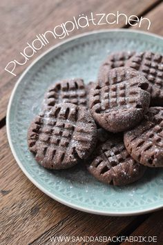 Diese Puddingplätzchen schmelzen förmlich im Mund und schmecken hervorragend nach Schokolade! Perfekt für den nächsten Kaffeeklatsch