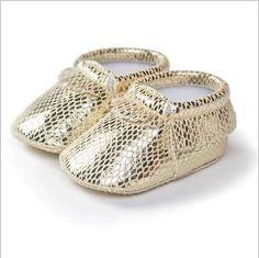Goldene Moccasins Babyschuhe Newborn Baby Shoes 0-9 Monate Gr.12 cm lang Mädchen