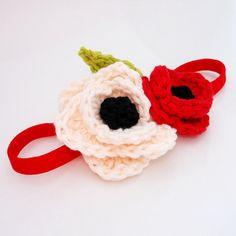 Headband / Red Poppy Flower Crochet Headband von MonkeyAndMeFrills - Crafts For Kids Crochet Poppy, Crochet Flowers, Knitted Headband, Red Poppies, Hand Sewing, Headbands, Crafts For Kids, Crochet Necklace, Juice