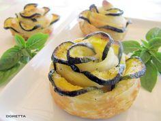 Roselline di zucchine - Roses of zucchini [http://dolcipensieri-blog.blogspot.it/2012/06/roselline-di-mele-e-di-zucchine.html]