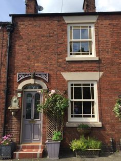 Charisma Rose is a contemporary-look uPVC sliding sash window - the affordable alternative to timber windows. Terrace House Exterior, Victorian Terrace Interior, Victorian Homes Exterior, Victorian Windows, Victorian Front Doors, Victorian Townhouse, Edwardian House, Cottage Windows, House Windows