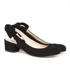 Black Bow Back  Slingback Flats! I want these! #bows #sligback #flats