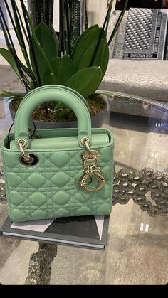 Fashion Handbags, Purses And Handbags, Fashion Bags, Luxury Purses, Luxury Bags, Bag Closet, Vintage Chanel Bag, Luxury Lifestyle Fashion, Go Bags