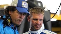 Michael Waltrip Racing letting Bowyer walk, won't field full-time team in 2016