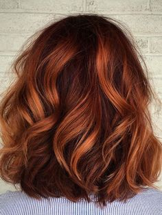 Ombre Hair - Hair Balayage: The Best Pitting Choices - Best New Hairstyle Trends Beautiful Hair Color, Red Hair Color, Color Red, Curly Hair Colours, Colored Short Hair, Rojo Color, Subtle Hair Color, Ombre Colour, Color Streaks
