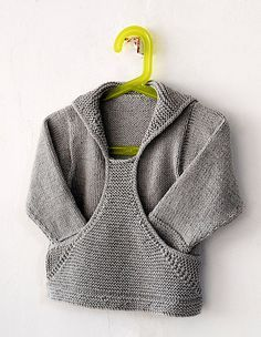 whiteblondebomb:    Gotta learn to knit specifically to make this pattern, hoodie-format. …unless I can convince a minion friend.