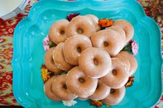 teal-turquiose-donuts-with-flowers-and-sparkles