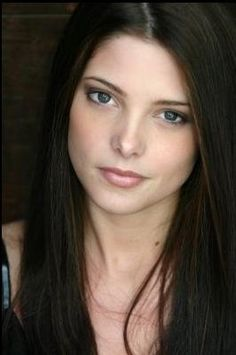 Ashley Greene cast as Alice Cullen.