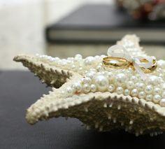 Porta alianças em estrela do mar natural #reliquiadefamilia #diy #facavcmesmo #perolas #casamento #portaaliancas #wedding