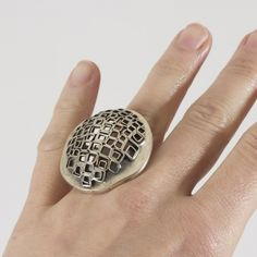 "Silver ""Kultakenno"" ring by Liisa Vitali Mid Century Modern Decor, Decorative Objects, Mid-century Modern, Rings For Men, Silver Rings, Bling, Pendants, Jewels, Brutalist"