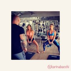 Hoje no  canal do YouTube da @crisarcangeli confira na integra o treino de full-body  que o @danilonery_ do @studio_velocity  #canal #youtube #crisarcangeli  Te espero lá!!   #transformacao #gym #gymtime #crissupergymcamp #treinocris #fit #fitness #fullbodyworkout #saudavel #boaforna #energiapositiva #fun #karinabacchi