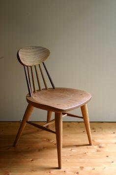 seed back チェア 木の椅子 ダイニングチェア 木の家具とガラスの工房 葉音