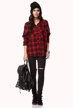 Adding sporty accessories and a checked flannelette shirt to black completes this androgynous look. Soft hair falling around the face is a great styling tip when wearing beanies in cool weather. Photo credit- Pinterest