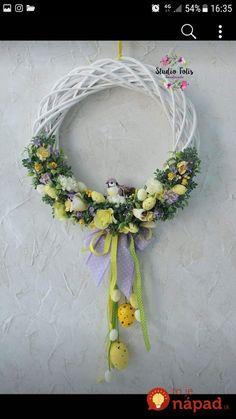 Flip Flop Wreaths, Winter Table, Silk Floral Arrangements, Easter Flowers, All Holidays, Easter Wreaths, Flower Bouquet Wedding, Creative Decor, Spring Crafts