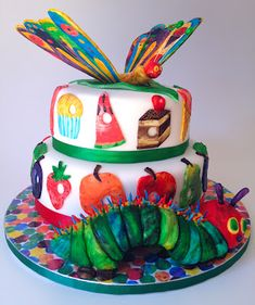 Fabulous example of The Very Hungry Caterpillar in Cake! love it! Pinned from Elaine's Sweet Life