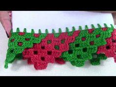 Lista de Materiais - 1 Pano de Prato - Agulha para crochê 1,75mm - Linha Anne - Verde (5767) - Linha Anne - Vermelho (3581) - Agulha Tapestry - nº 14 -Tesoura Zig Zag Crochet, Crochet Blanket Edging, Crochet Edging Patterns, Crochet Fabric, Crochet Borders, Crochet Diagram, Crochet Squares, Diy Crochet, Crochet Designs