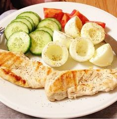 No Carbs. Chicken breasts, boiled egg whites, Cucumbers & Tomatoes