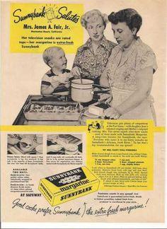 Vintage Food Advertisements of the Retro Advertising, Retro Ads, Vintage Ads, Vintage Designs, Marketing And Advertising, Vintage Food, Retro Recipes, Vintage Recipes, Commercial Advertisement