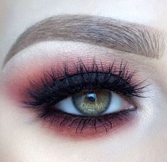 Dark Cranberry Smoky Eye