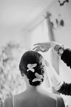 Butterfly Wedding in Lithuania: Irma & Gediminas. Love her hair. Butterfly Hair, Butterfly Kisses, Butterflies, Perfect Wedding, Dream Wedding, Butterfly Wedding Theme, Trip The Light Fantastic, Budget Wedding Invitations, Marrying My Best Friend