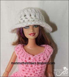 Mamma That Makes: Barbie Month .22 - 5 row hat, 5 ways