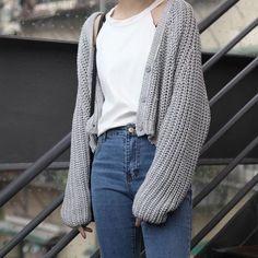 ● white crop top ● old navy new skinny jeans ● {buy cardigan}