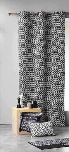 Luxusní závěsy do obývacího pokoje černo bílé Curtains, Shower, Bathroom, Rain Shower Heads, Washroom, Blinds, Full Bath, Showers, Draping