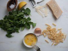Stracciatella Soup - A Cozy Kitchen Stracciatella Soup, Italian Eggs, Ham And Cheese Croissant, Egg Drop Soup, Good Food, Yummy Food, Smitten Kitchen, Cozy Kitchen, Foods To Eat