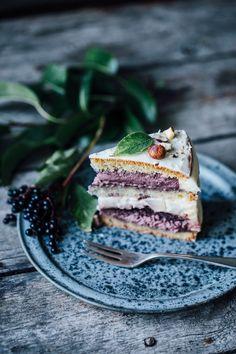 Sweet Tooth Girl | Gluten Free Elderberry Pear Hazelnut Cake