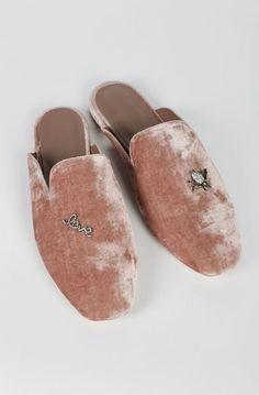6f6c9c66d52 Οι 28 καλύτερες εικόνες του πίνακα Παπούτσια | Shoe boots, Court ...
