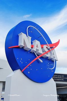 Kennedy Space Center by Songquan Deng, via Flickr