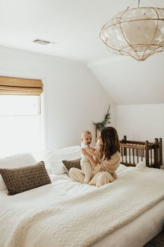 Mother and daughter moment Bed Photos, Bedroom Photos, Mother And Baby, Mom And Baby, Bedroom Photography, Photography Ideas, Mother Daughter Photography, Natural Bedroom, Mommy And Son