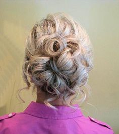 Loose updo. Bridesmaid hair?