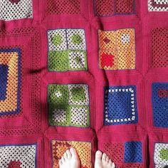 Magdalena Svensson #virkning #mormorsrutor #mormorsfilt Blanket, Crochet, Instagram Posts, Ganchillo, Blankets, Cover, Crocheting, Comforters, Knits