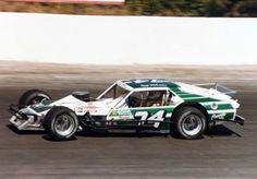 Racerhub.com Photos - 1984RogerTriechler74