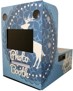 Sample Christmas wrap for the guppyPOD™ photo booth kiosk. #experiential #eventphotography #photobooth
