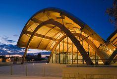 Bodegas Protos Timber Architecture, Timber Buildings, Modern Buildings, Architecture Design, Organic Structure, Timber Structure, Building Structure, Shed Design, Roof Design