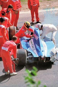 Érik Comas (Ligier) Ayrton Senna (McLaren) - 1992 - Spa-Francorchamps (Belgique)