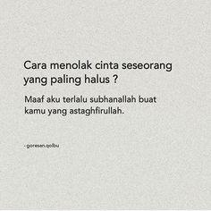 "Muslimah Sejati 🌸 di Instagram ""Edisi sadeeessss!😂😂 Astagfirullahh . . By @goresan.qolbu #muslimah_kartun"" Quotes Rindu, Quotes Lucu, Quotes Galau, Tumblr Quotes, Quran Quotes, People Quotes, Book Quotes, Funny Quotes, Muslim Quotes"