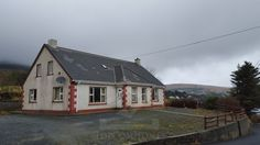 Here you can find houses and apartments in Ireland for sale or rent or you can list your property using topcomhomes Donegal, Property For Sale, Apartments, Ireland, Real Estate, Houses, Cabin, House Styles, Home Decor