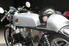 SALIDA PARA EL MOTOR BEACH TOUR 2104 A CORUÑA Honda Cb, Cb 750 Cafe Racer, Motorcycle, Vehicles, Motors, Motorbikes, Cars, Motorcycles, Vehicle