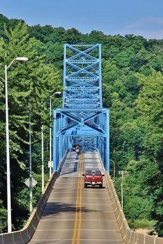 Blue bridge over Mississippi River, Iowa